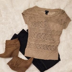 Tan lace short sleeved sweater- wet seal